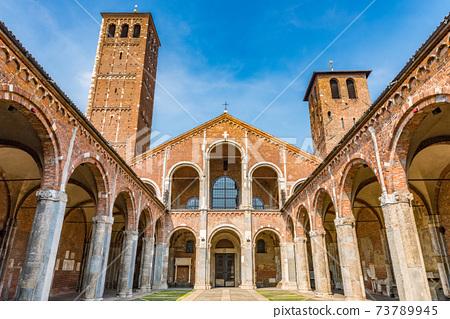 意大利米蘭聖安布羅焦教堂或聖安布羅焦大教堂 73789945