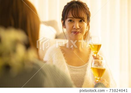 在家喝酒,在家喝酒,白葡萄酒 73824041