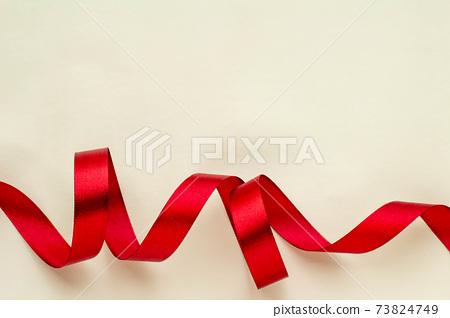 빨간 리본 선물의 이미지 73824749