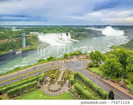 尼亞加拉大瀑布尼亞加拉大瀑布,加拿大和美國 73871128
