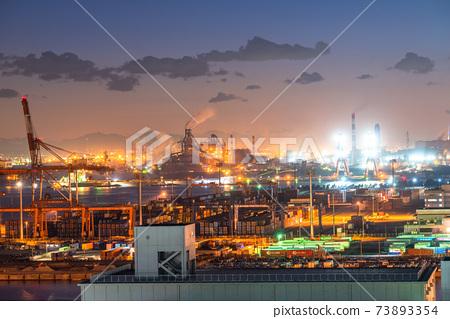 《神奈川縣》川崎市大島京濱工業區工廠的夜景 73893354