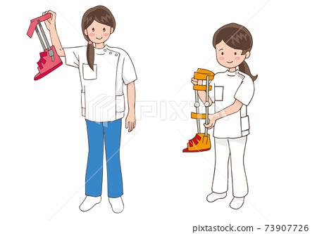 長短腿矯形器的女性治療師 73907726