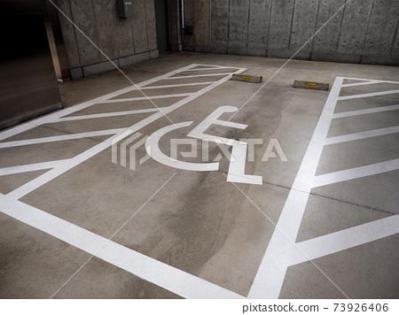地下停車場優先區 73926406