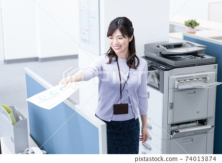 女僱員給副本 74013874