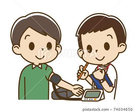 年輕人(男護士)用電子血壓計進行血壓測量 74034650
