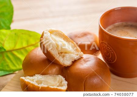 奶油麵包和咖啡廳 74038077