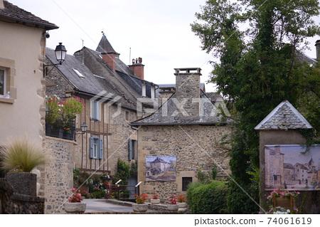 法國南部的小村莊 74061619