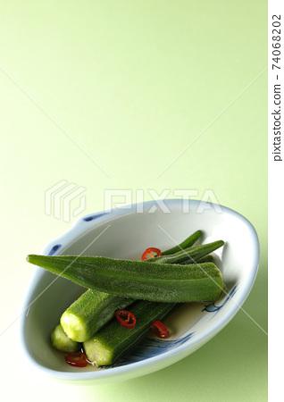 辣白秋葵 74068202