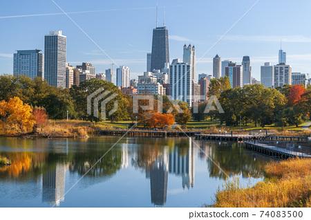 Chicago, Illinois, USA Park and Skyline 74083500
