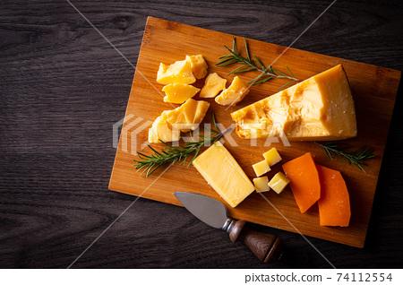 各種奶酪 74112554