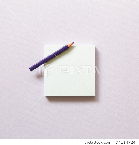 Memo paper, sticky notes with colored pencil on purple background. top view, copy space 74114724