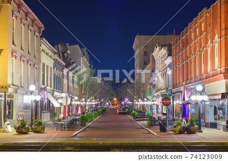 Frankfort, KY, USA 74123009