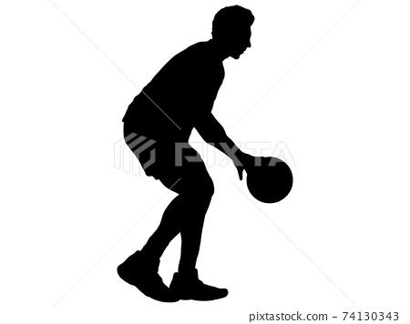 運球_4的籃球運動員的剪影 74130343