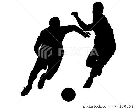 足球運動員運球和躲閃的剪影 74130352