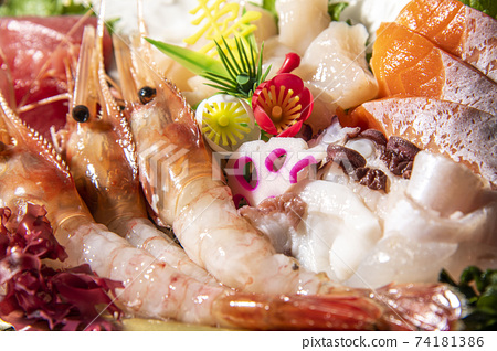 Assorted gorgeous, fresh and delicious sashimi 74181386