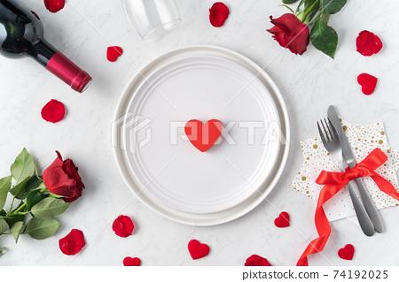 情人節 餐廳 盤子 頂視圖 紅色 玫瑰 Valentine's Day Plate バレンタイン 74192025