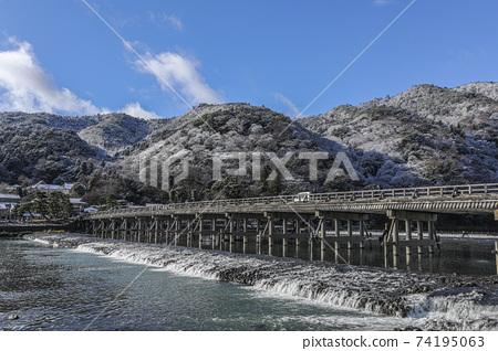 Arashiyama的Togetsu-bashi 74195063