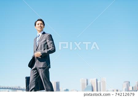 室外的商務人士 74212679
