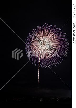 군마현 후지오카시의 불꽃 놀이 74242723