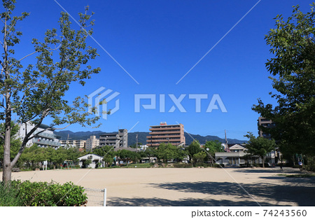 니시 노미야시 숲기구 공원 74243560