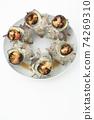 鳥瞰的多個白色的頭巾殼烤盤 74269310