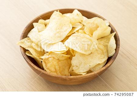 감자 칩 74295087