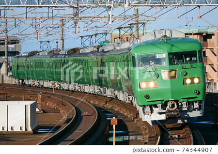 117 series matcha 8-car train 74344907