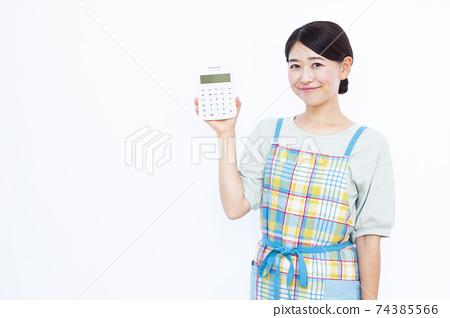 30年代家庭主婦白色背景畫像 74385566