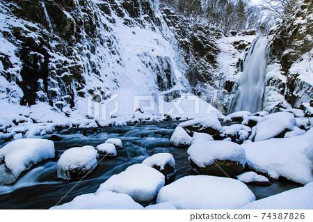 겨울 秋保大滝 74387826