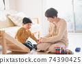 男孩和母親的形象/育兒/在家育兒 74390425