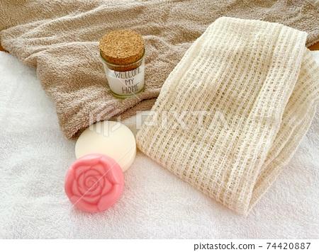 목욕 세트 수건 비누 크림 74420887