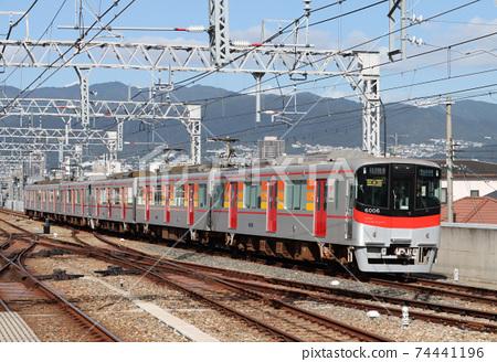 한신 고시엔 역에 도착하는 산요 6000 계 직통 특급 74441196