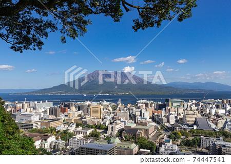 從鹿兒島縣鹿兒島市城山天文台看到的櫻島風景 74447541
