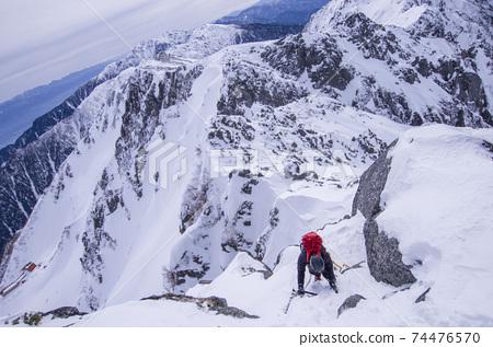 冬天的山 74476570