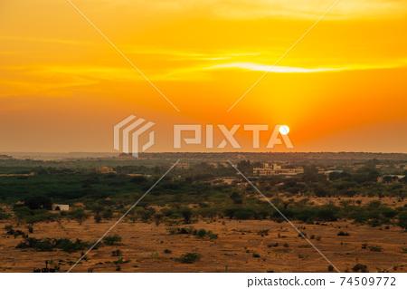 Sunset desert scenery in Jaisalmer, India 74509772
