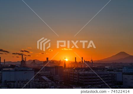 《神奈川縣》川崎市尾島京濱工業區的夜景 74522414