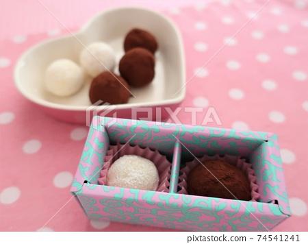 Valentine's handmade truffle 74541241