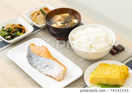 日本料理 74542543