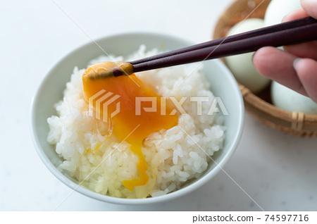 Araucana煎蛋飯 74597716
