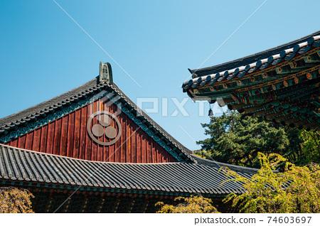 Gakwonsa Temple Korean traditional architecture in Cheonan, Korea 74603697