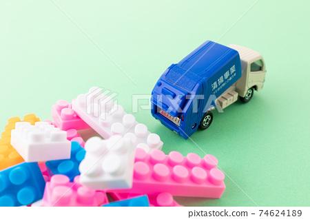 垃圾車的形象 74624189