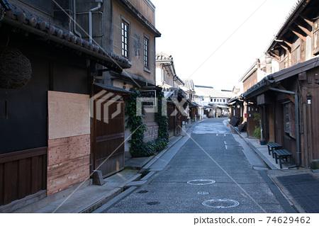 [중요 전통적 건조물 군 보존 지구] 아침 쿠라 골목 풍경 오카야마 현 쿠라 시키시 74629462