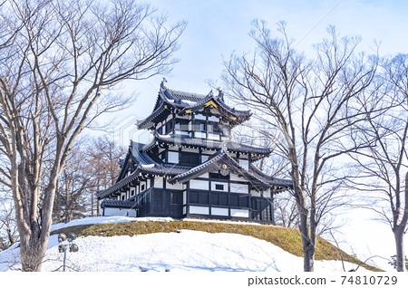 화창한 겨울 다카다 성지 공원 (三重櫓) 74810729