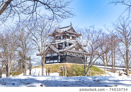 화창한 겨울 다카다 성지 공원 (三重櫓) 74810734