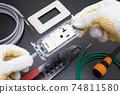電氣工作電工為帶有嵌入式接地端子的接地插座20A佈線 74811580
