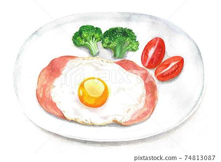 一盤火腿和雞蛋西蘭花和西紅柿(水彩插圖) 74813087