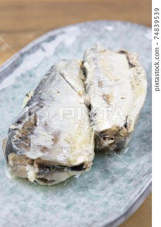 Delicious oil sardine 74839539