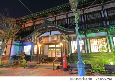 [大分縣]竹川原溫泉(別府溫泉)的夜景 74853798