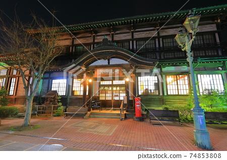 【오이타 현】 다케가 와라 온천의 야경 (벳푸 온천) 74853808