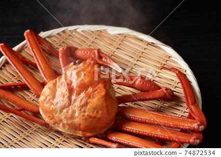 剛煮好的雪蟹 74872534